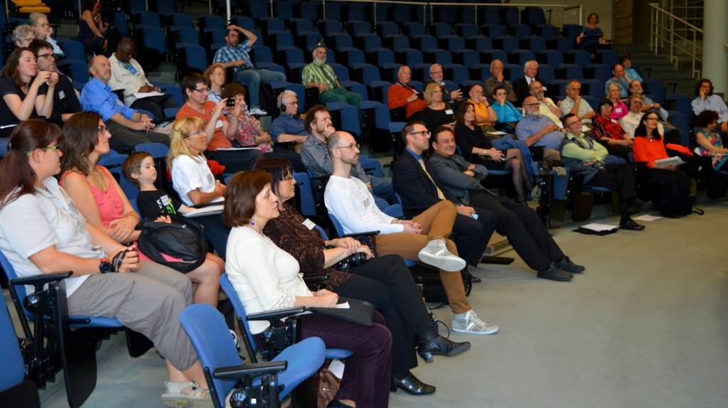 Le public pendant l'ouverture de la conférence, le 13 mai 2015 à Neuchâtel.